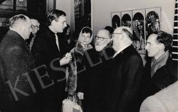 Korga György - Korga György kiállításmegnyitóján Barcsay Jenővel, 1964. február 29.