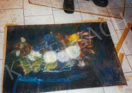 Nagy István - Nagy virágcsendélet íriszekkel, 70x100 cm, pasztell, papír, Jelezve jobbra lent: Nagy István, Fotó: Kieselbach Tamás
