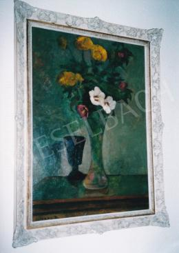 Czigány Dezső - Virágcsendélet, 70x50 cm, olaj, karton, Jelezve balra lent: Czigány D., Fotó: Kieselbach Tamás