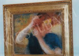 Márffy Ödön - Fésülködő lány. 49.5x60 cm, olaj, vászon, jelezve balra lent: Márffy Ödön (fotó: Kieselbach Tamás)