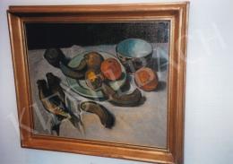 Czigány Dezső - Csendélet (banánnal, naranccsal, halakkal), 1910 k.; olaj, vászon; 45 x 54 cm; Jelzés nélkül; Deák Gyűjtemény kiállítása; Fotó: Kieselbach Tamás