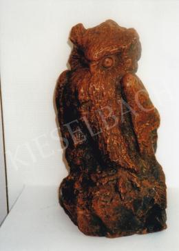 Spangher Ferenc - Bagoly; M: 41cm cm Vörös márvány Jelezve balra lent: a bagolyon Spangher; Fotó: Kieselbach Tamás