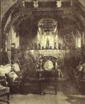 A Kohner-palota szecessziós kialakítású hallja Jean-Baptiste-Camille Corot, Fényes Adolf és Szinyei Merse Pál műveivel, 1912