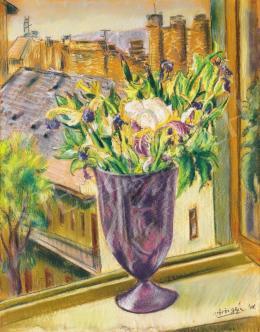 Vörös, Géza - Irises in a violet vase in a Budapest studio window, 1948