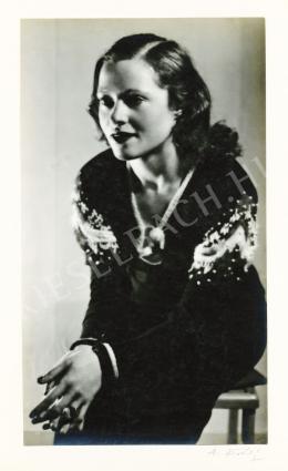 Kertész, André - Női portré, 1928-29 körül