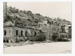 Szendrő István - Rácfürdő háttérben a Gellértheggyel, 1945 körül