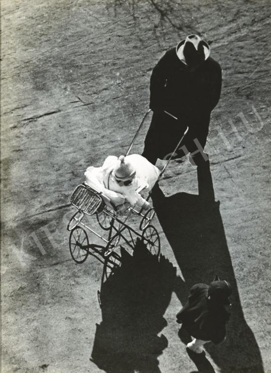 Escher, Károly - Without title, 1931   Auction of Photos auction / 85 Item