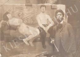 Berény Róbert - Párizsi bordélyban című festménye elött, 1906 körül