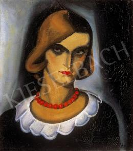 Gyenes, Gitta - Woman with red necklace