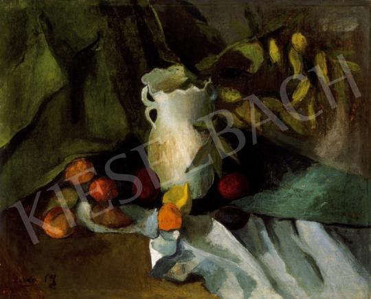 Orbán Dezső - Csendélet fehér vázával, gyümölcsökkel, 1910-es évek másoddik fele | 24. Aukció aukció / 196 tétel