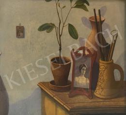 Zoltánfy István - Csendélet szobanövénnyel és fényképpel