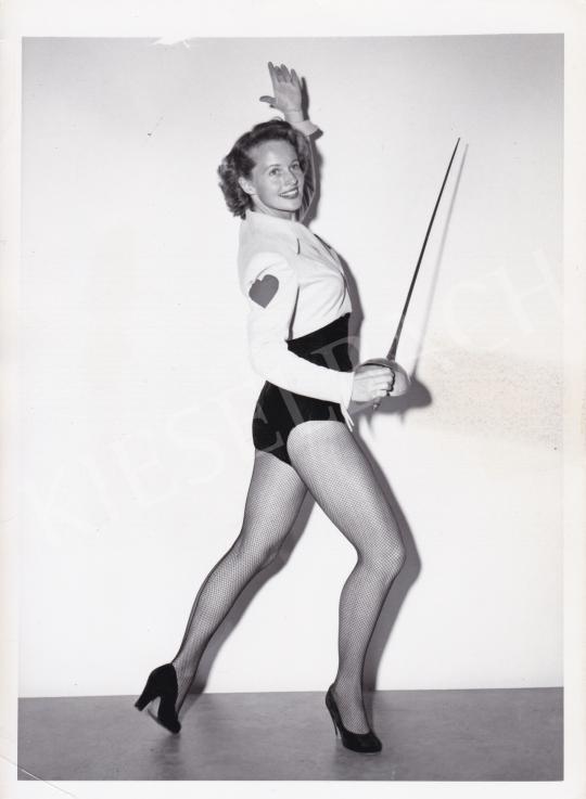 Eladó Ismeretlen fotós - A csinos tőrvívó, 1950 körül festménye