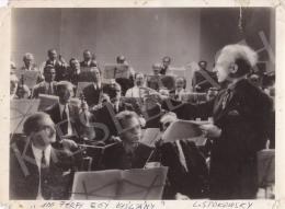 Ismeretlen fotós - Leopold Stokowsky és a zenekar, 1937