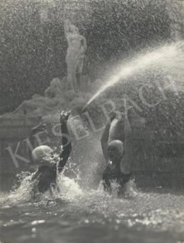 Szőllősy, Kálmán - In the Fontaine, 1938