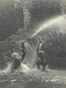 Szőllősy Kálmán - Szökőkútban, 1938
