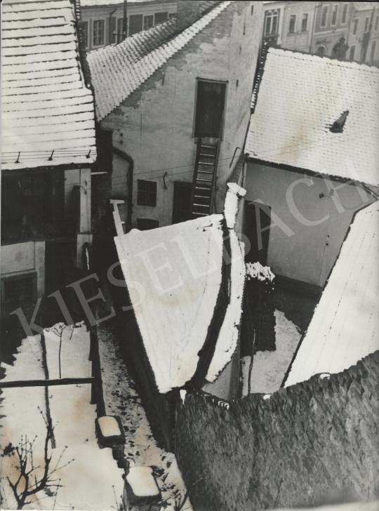 Eladó  Szőllősy Kálmán - Havas udvar (Szentendre), 1950-es évek festménye