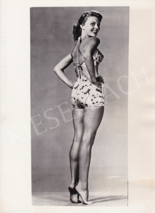 Eladó  International News Photos - Peggy Castle, a pin up girl, 1949 festménye