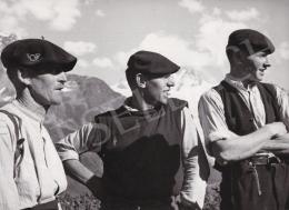 International News Photos - Hegyi fiúk, 1948