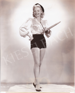 International News Photos - A festőnő (Mari Blanchard), 1950 után