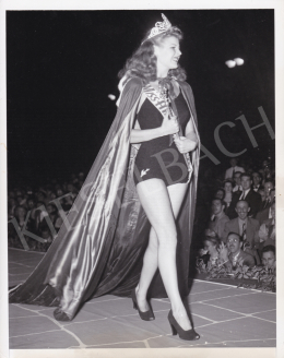 International News Photos - The Beauty Queen (Rosemary de Planche), 1941
