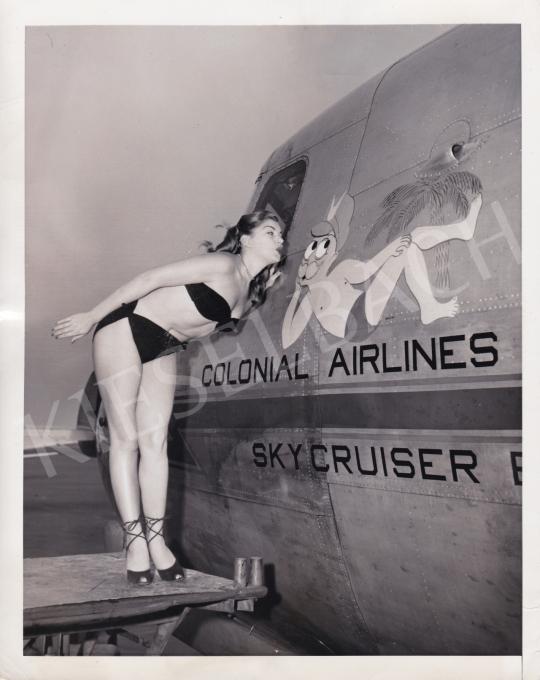 Eladó  International News Photos - Tüdőgyulladás a Vogue kedvéért, 1949 festménye