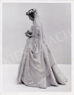 Elliot, Steve (International News Photos) - Brides thru Years - Bride of 1840's, c. 1950