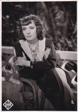 Foto Ufa - Zarah Leander in the movie of Das Lied der Wüste, 1939