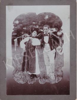 Fotós Witz szárazbélyegzővel - Kerti parti, 1895 körül