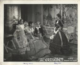 Ismeretlen fotós - Karády Katalin és Tolnay Klári az Erzsébet c. filmben II., 1940