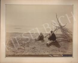 Ismeretlen fotós -  A Holt tenger partján