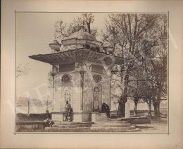 Ismeretlen fotós - Konstantinápoly (Temető melletti díszkút)