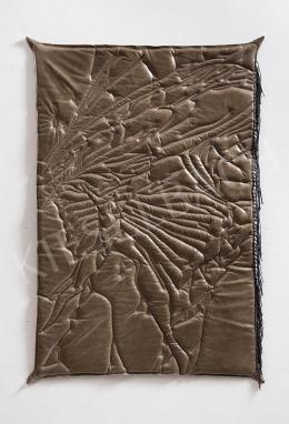 Kiss, Adrian - Leather-towel II., 2020