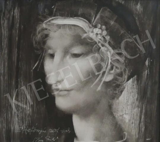 For sale  Szász, Endre - Lány gyöngykoszorúval 's painting