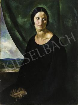 Patkó Károly - Női portré zöld drapériával háttérben tájképpel, 1922
